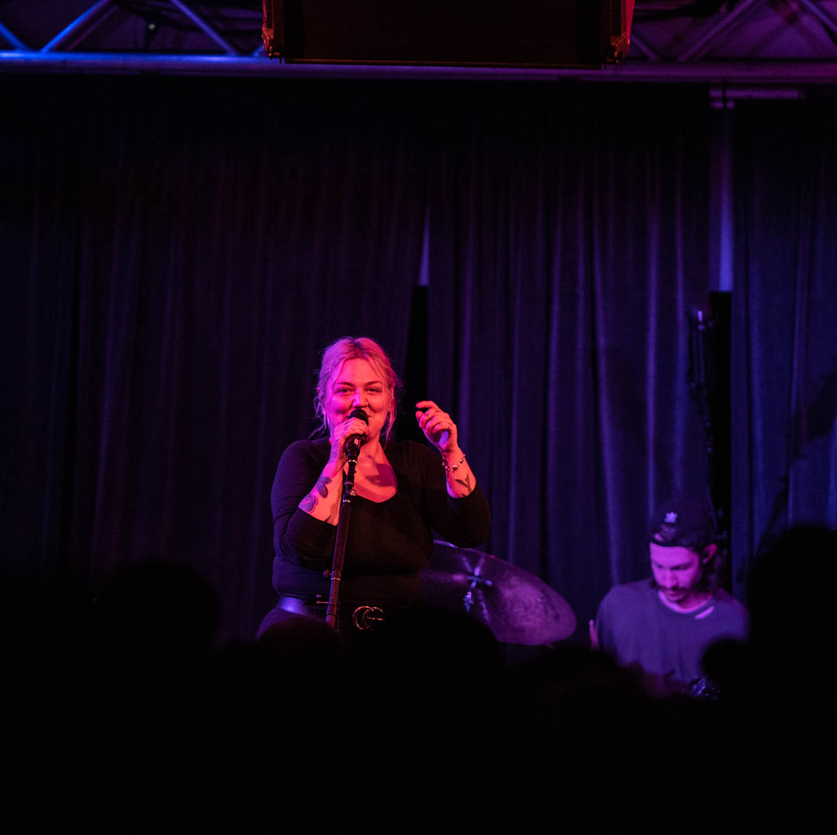 Elle King rocks The Deluxe in Indianapolis, IN. || 5.11.2019