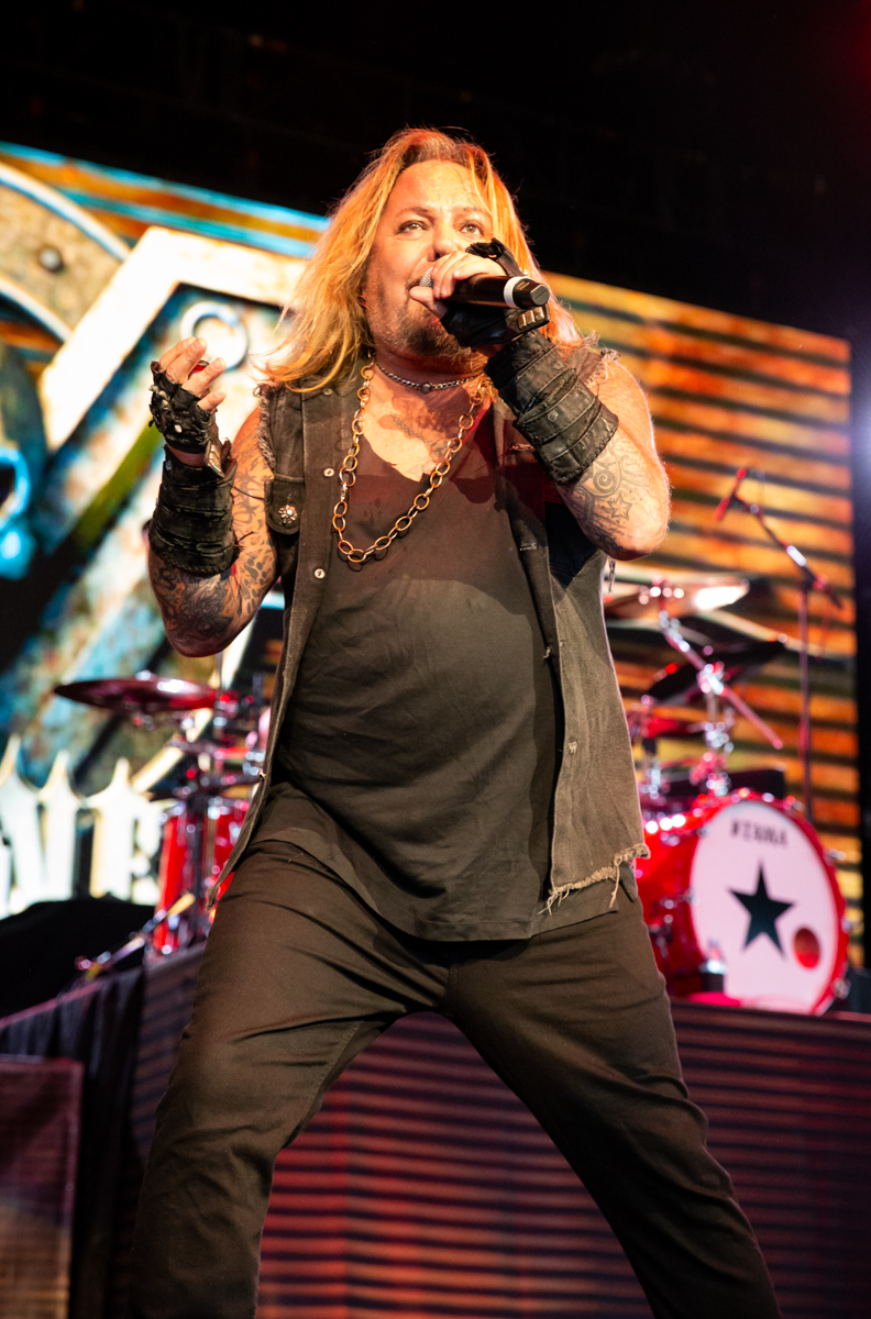 Vince Neil performs at Hollywood Casino Amphitheatre in Tinley Park, IL on 06/07/2019.