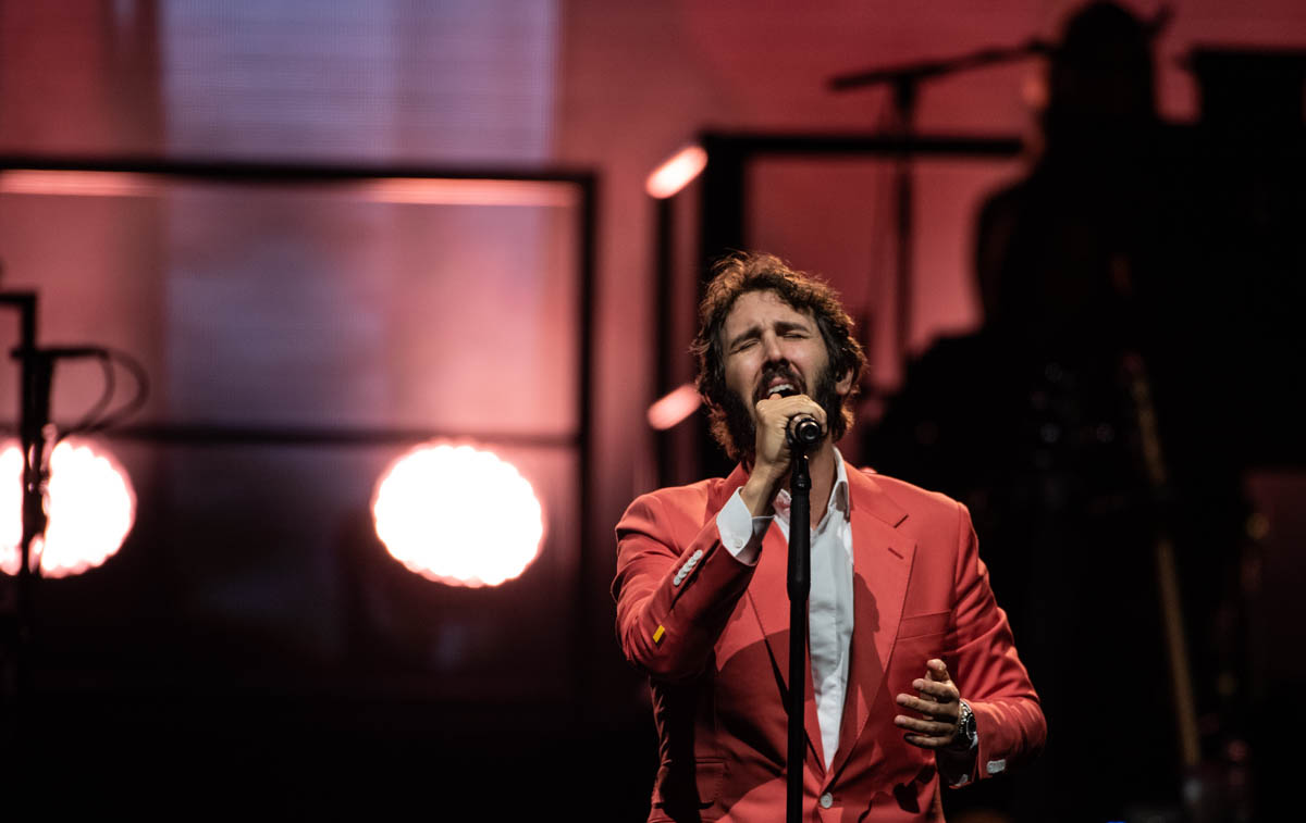 Josh Groban brings the Bridges Live Summer Tour to Bankerslife Fieldhouse in Indianapolis, IN. || 06-19-19 ||