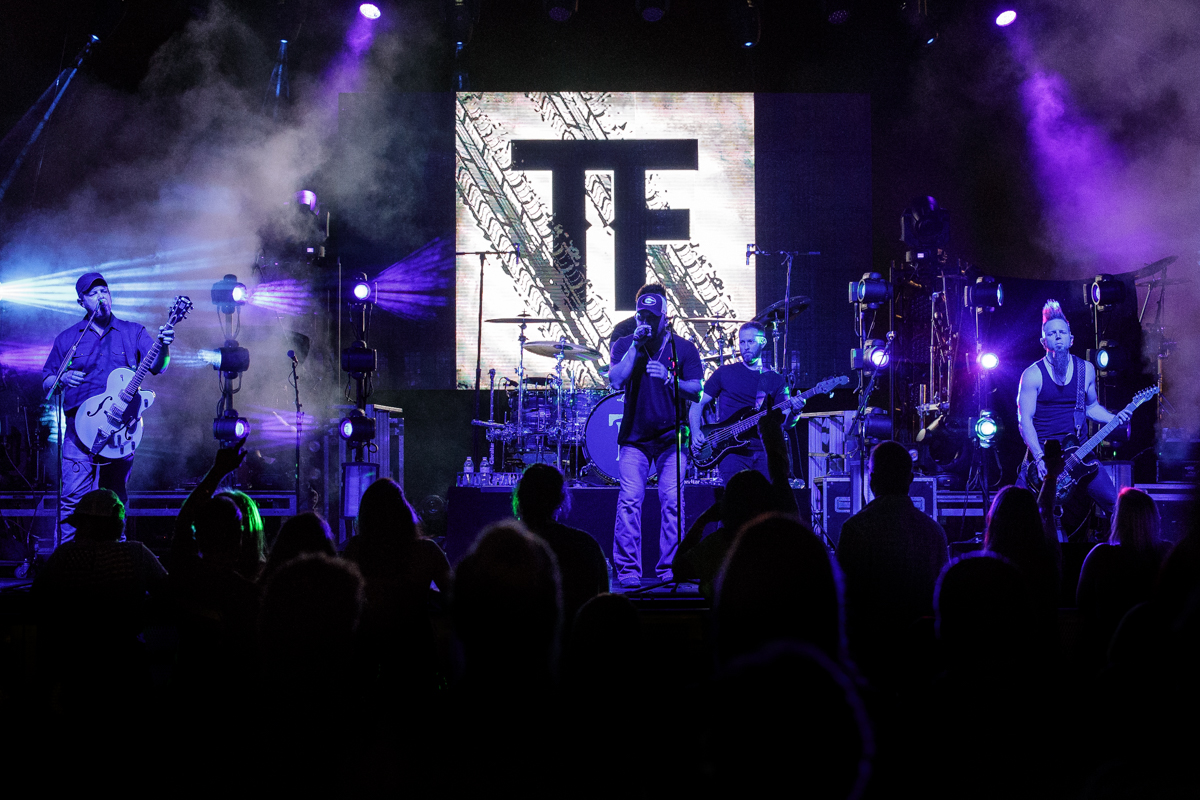 TylerFarr-DenverDowns-AndersonSC-StokerPostier_24
