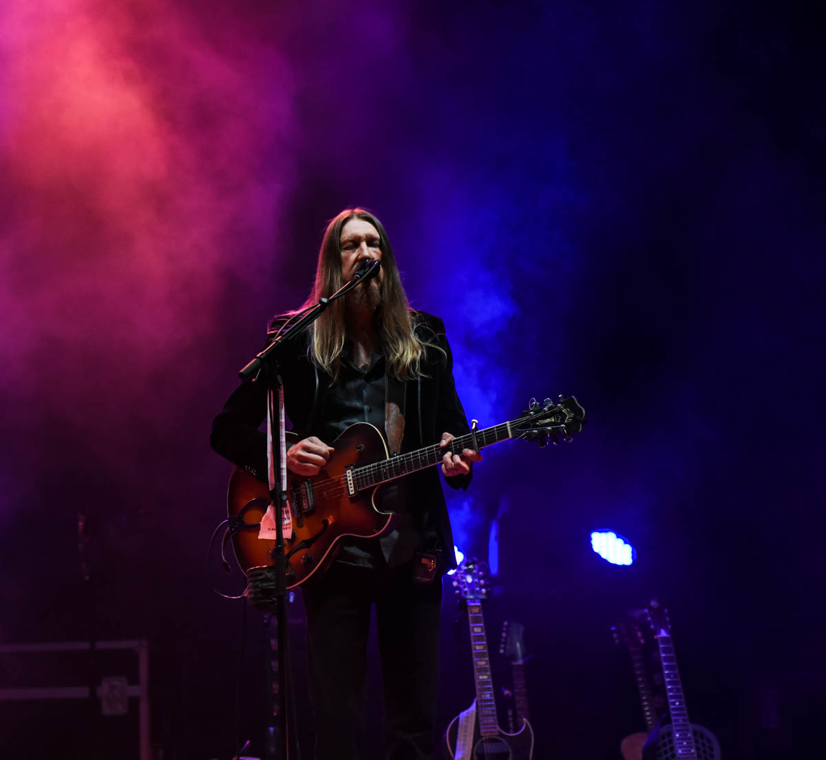 Oliver Wood  of The Wood Brothers | Red Rocks Amphitheatre | Morrison, CO. | 09/05/2019 | Photos: ©Pix Meyers 2019
