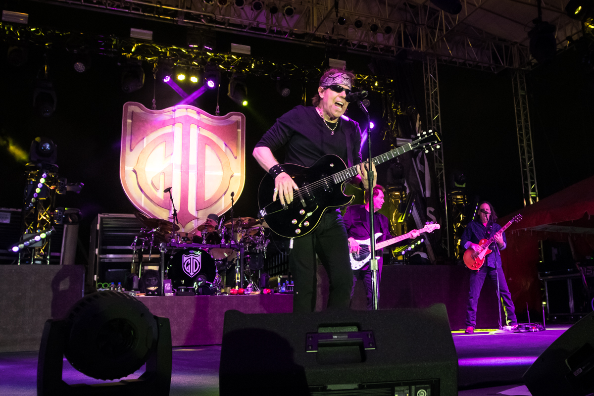 GeorgeThorogoodAndTheDestroyers_MagicCityCasino_PhotoCredit_IvanRomero2020-008