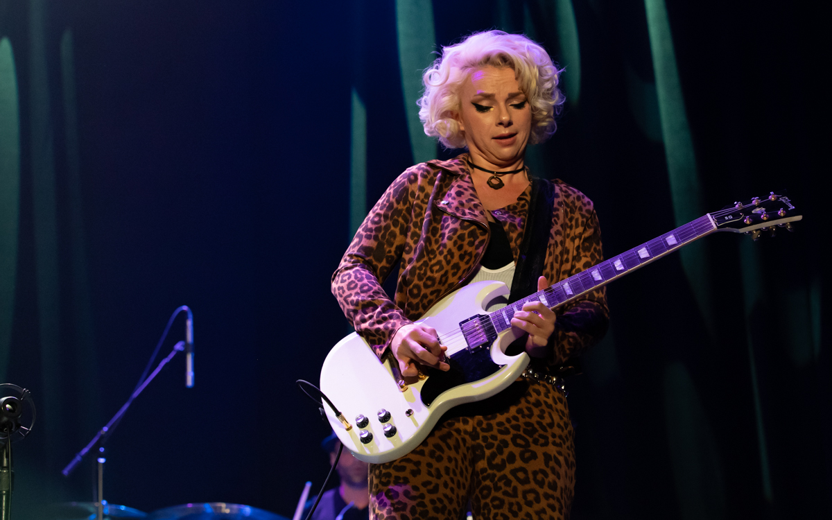 Samantha Fish and her band performing at the Beacon Theater in Hopewell, VA on April 14, 2021. Photo Credit: © Dave Pearson 2021-008