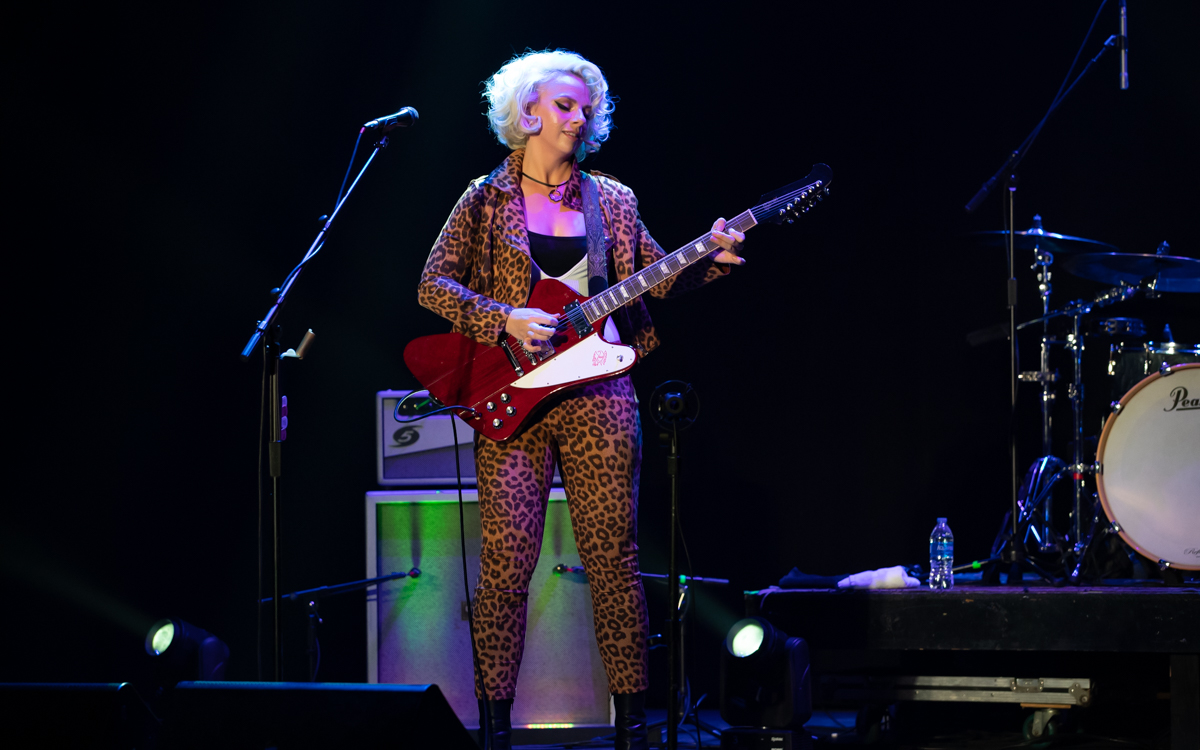 Samantha Fish and her band performing at the Beacon Theater in Hopewell, VA on April 14, 2021. Photo Credit: © Dave Pearson 2021-027