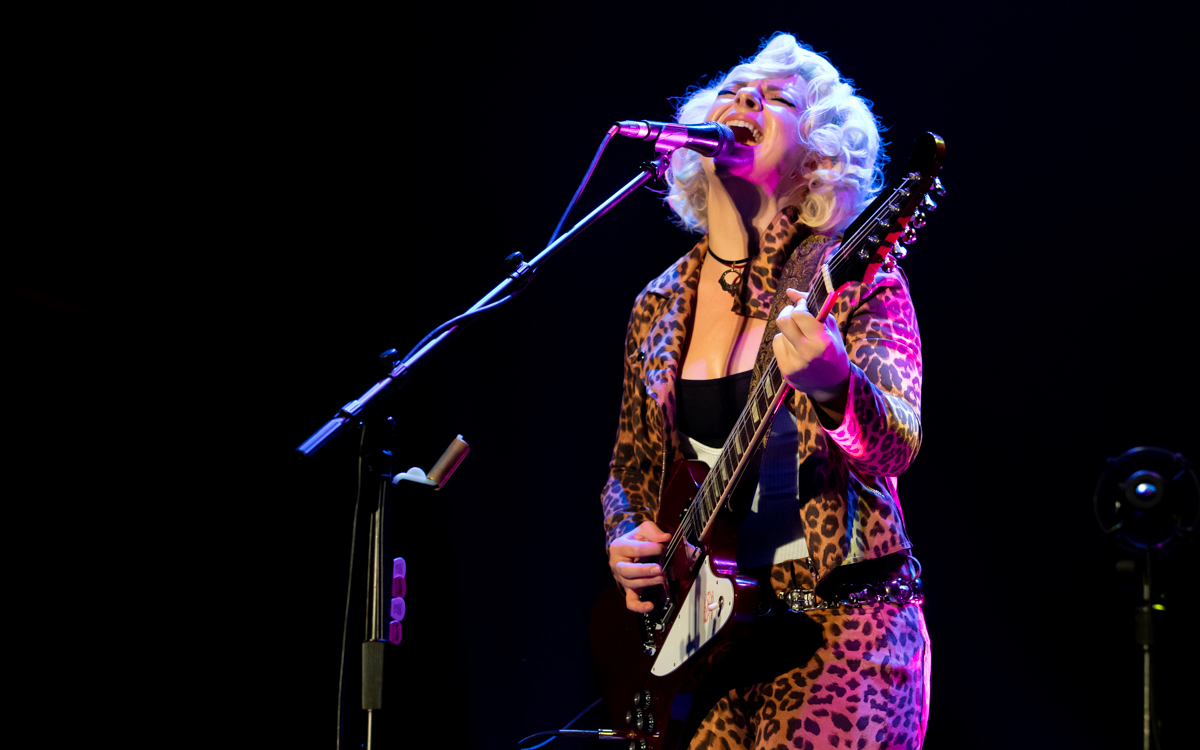 Samantha Fish and her band performing at the Beacon Theater in Hopewell, VA on April 14, 2021. Photo Credit: © Dave Pearson 2021-030