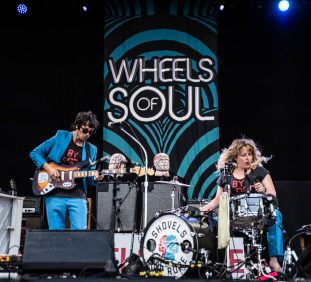 Shovels & Rope open the Wheels of Soul tour! | The Lawn at White River State Park | Indianapolis, IN. | Photos by: ©Pix Meyers 2019