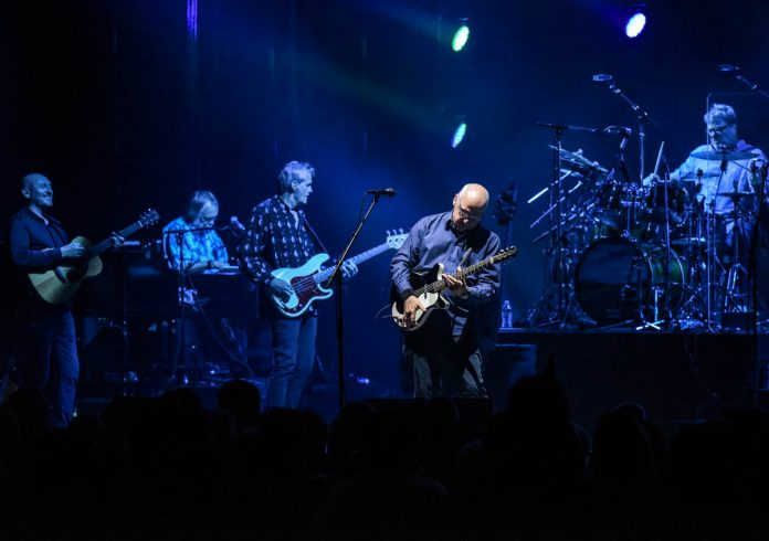 Mark Knopfler | Murat Theatre | Indianapolis, IN. | 08/27/19 | Photos by: ©Pix Meyers 2019