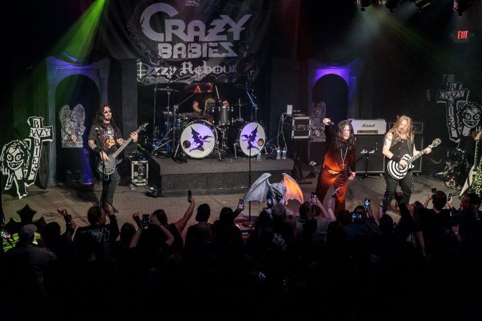Crazy Babies concert image